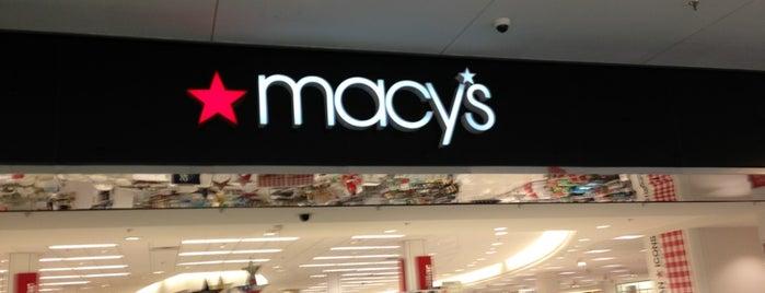 Macy's is one of Locais curtidos por Shatha.