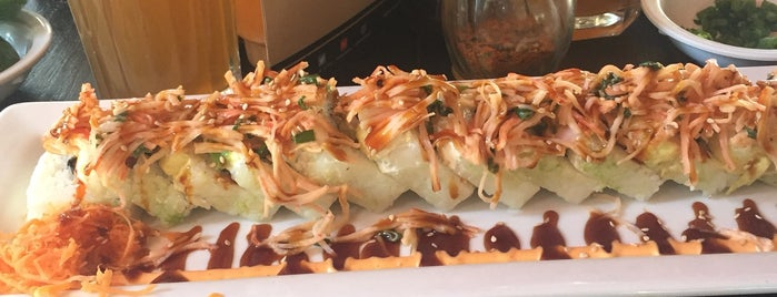 Sushi Factory is one of Locais curtidos por Karla.
