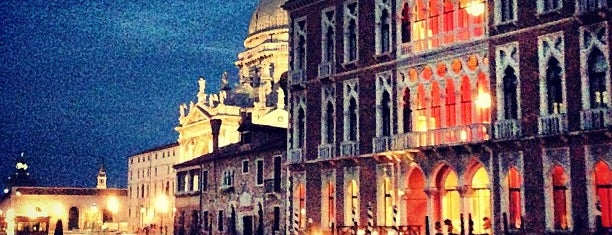 The Gritti Palace, a Luxury Collection Hotel, Venice is one of สถานที่ที่ Francesco ถูกใจ.