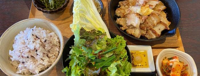 茶寮おもだか is one of Posti che sono piaciuti a モリチャン.