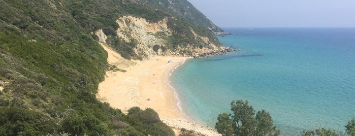 Koroni Beach is one of Guía de Cefalonia.