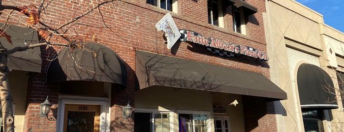 Fatte Albert's Pizza Co. is one of Locais salvos de Richard.