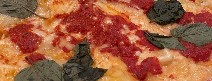 Screamer's Pizzeria is one of Favorite Spots in New York.