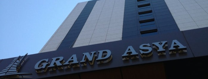 Grand Asya Otel is one of Orte, die Halil G. gefallen.