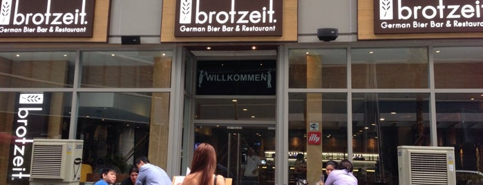 Brotzeit is one of Tempat yang Disukai Peachy.