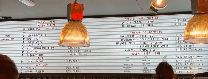 BrewDog Soho is one of Locais curtidos por Gozde.
