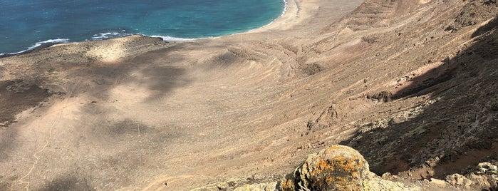 Playa del Risco is one of Lieux sauvegardés par Roch.