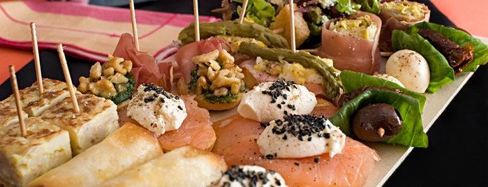 ZOMMA Tapas & Bocados is one of BA restaurantes.