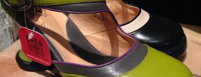 John Fluevog Shoes is one of Orte, die Chris gefallen.