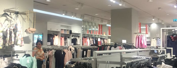 H&M is one of H&M İstanbul.