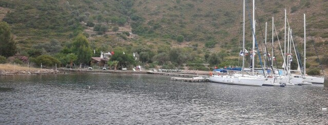 Kocabahçe Koyu is one of Tekne.