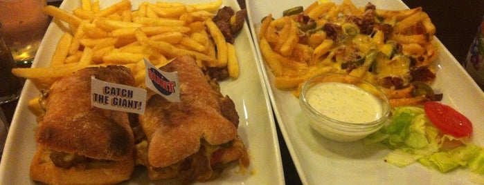 Benjamin's American Diner is one of Locais salvos de Holger.
