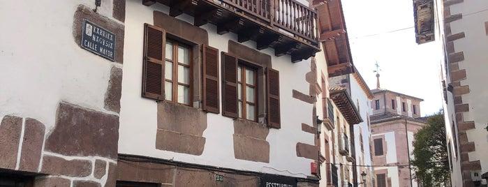 Hostal Santa María is one of Sitios donde comer (bien).