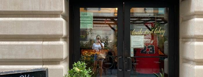 Bourke Street Bakery is one of デザート.