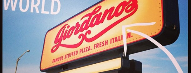 Giordano's is one of Lugares guardados de Kristin.