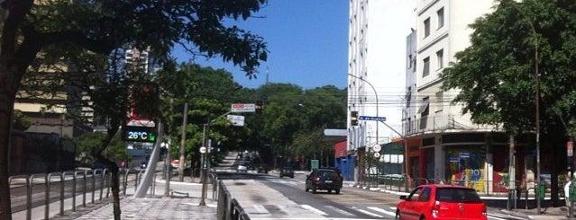 Parada Dona Antônia de Queirós is one of Lugares favoritos de Tchelo.