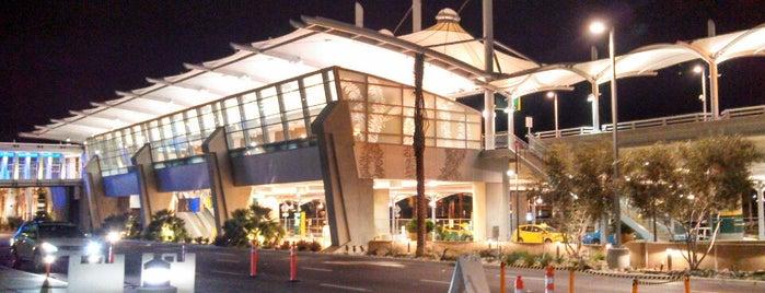 Terminal 2 is one of Gaston : понравившиеся места.