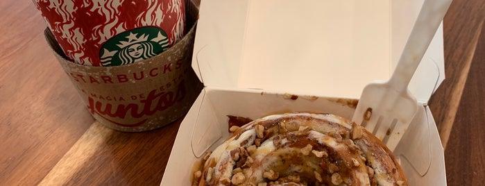 Starbucks is one of Lieux qui ont plu à Carlos.