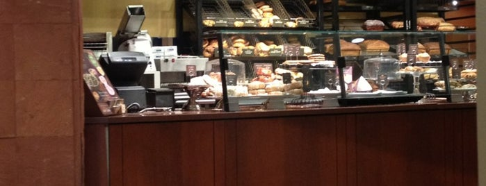 Panera Bread is one of Posti che sono piaciuti a Rob.