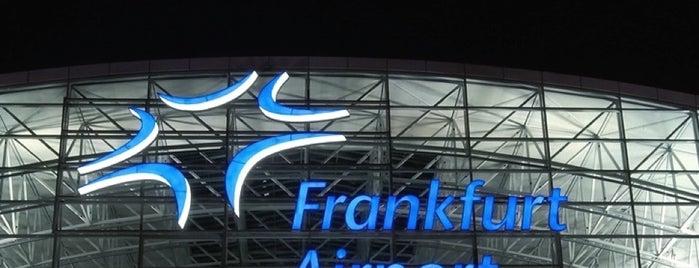 Frankfurt Airport (FRA) is one of Orte, die Alan gefallen.