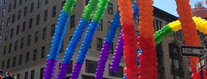 2014 New York Pride March is one of JRA 님이 저장한 장소.