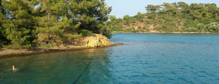 Yassıcalar Koyu is one of deniz,kum,güneş veeee. ... sıcak.