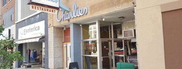 Charlie's Main Street Cafe is one of Locais curtidos por Emily.