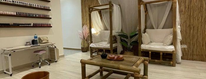 Beauty Bar Lounge Salon is one of Self care.