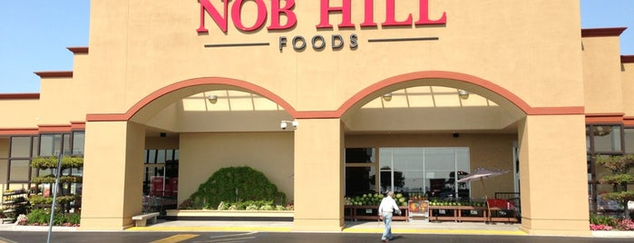 Nob Hill Foods is one of Lindaさんのお気に入りスポット.