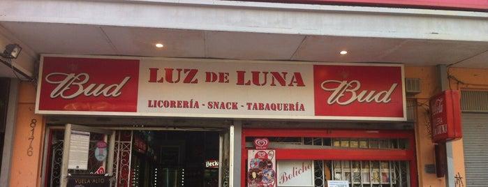 Botillería Luz De Luna is one of Lugares favoritos de plowick.