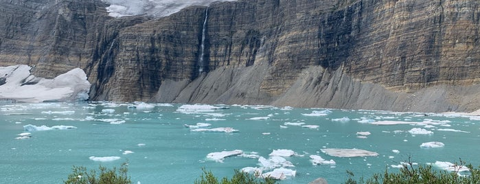 Grinnell Glacier is one of Glacier to Chicago.