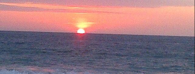 Playa Rosada is one of Ecuador.