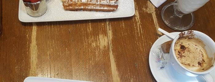 Maison Dandoy - Tearoom & Waffle is one of Olga 님이 좋아한 장소.