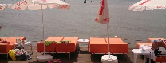 Kirmizi Beach Club is one of İstanblue.