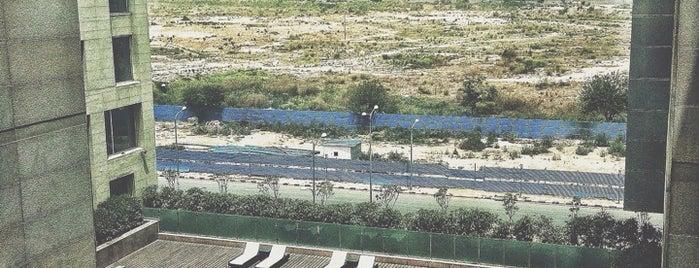 Holiday Inn New Delhi International Airport is one of Lugares favoritos de Kaushikkumar.