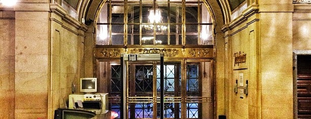 Telefónica Flagship Store is one of Mariana : понравившиеся места.