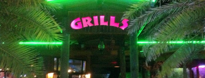 Grills Seafood Deck & Tiki Bar is one of Robertさんのお気に入りスポット.