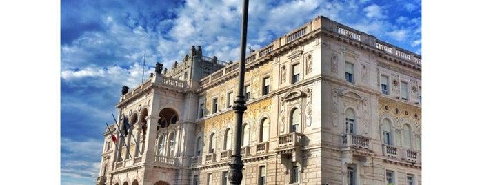 Piazza Unità d'Italia is one of Top Locations rund um Triest (ca. 50 km) SLO, ITA.