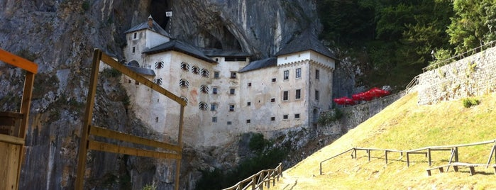 Predjama Castle is one of Top Locations rund um Triest (ca. 50 km) SLO, ITA.