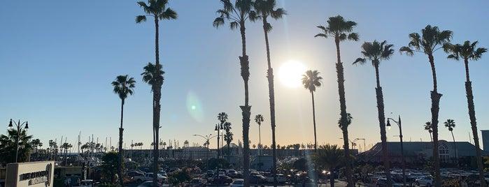The Redondo Beach Hotel is one of Locais salvos de Tony.