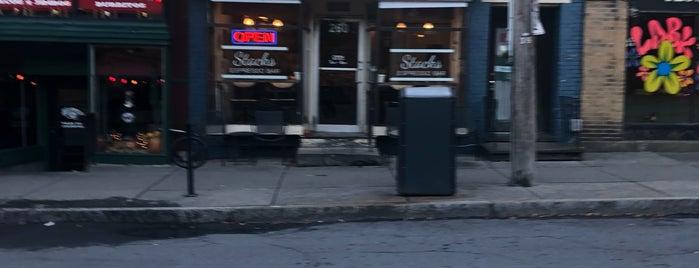 Stacks Espresso Bar is one of Locais salvos de Jessie.
