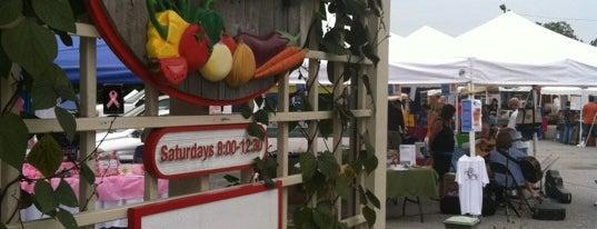 Alpharetta Farmer's Market is one of Lugares guardados de Aubrey Ramon.