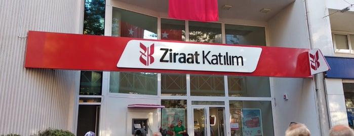 Ziraat Bankası Antalya Şubesi is one of Adam'ın Beğendiği Mekanlar.
