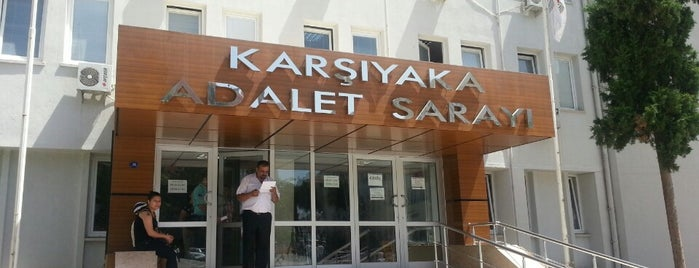 Karşıyaka Adalet Sarayı is one of Locais curtidos por Erdem.
