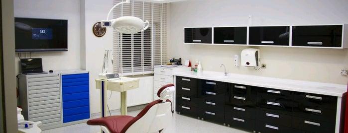 UZDENT Ağız ve Diş Sağlığı Merkezi is one of สถานที่ที่บันทึกไว้ของ UZDENT.