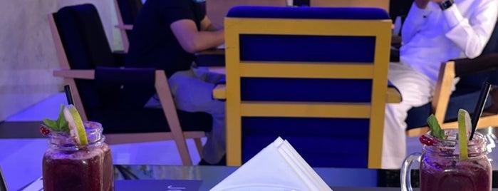 Joe's Cafe is one of Posti salvati di Queen.