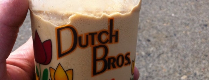 Dutch Bros. Coffee is one of Tempat yang Disukai Rosana.