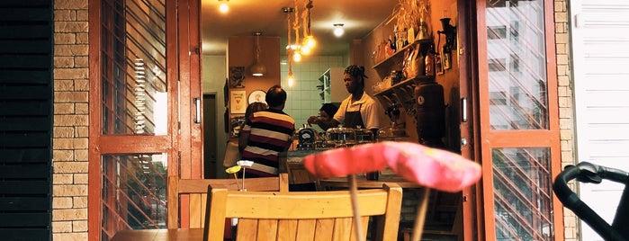 Crioula Café is one of Brasília - café da manhã.