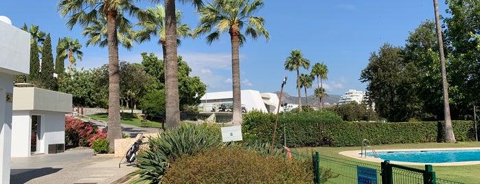 Real Club de Golf Guadalmina is one of Orte, die Sararaiwi gefallen.
