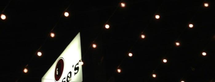 Gresso's Restaurant & Bar is one of สถานที่ที่ Jenny ถูกใจ.